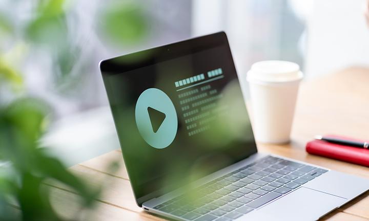実績に基づいた動画広告運用